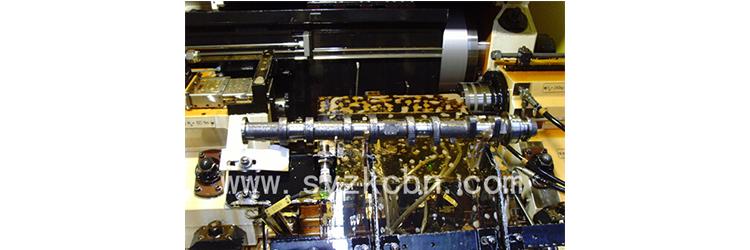 一、沈阳中科电镀砂轮优势    1. 电镀外圆磨cbn砂轮配套进口数控磨床德国肖特Schaudt、西班牙DANOBAT、美国兰迪斯LANDIS,加工精度高、稳定性好。    2. 沈阳中科电镀外圆磨砂轮具有电镀层平整,对磨料把持力高,使用无起层、脱离现象等优点,更好的实现高精度复杂曲面精密磨削,提高磨削质量。电镀砂轮无需修整,节约加工时间,保障表面粗糙度符合精密加工要求,提高磨削效率。    3.